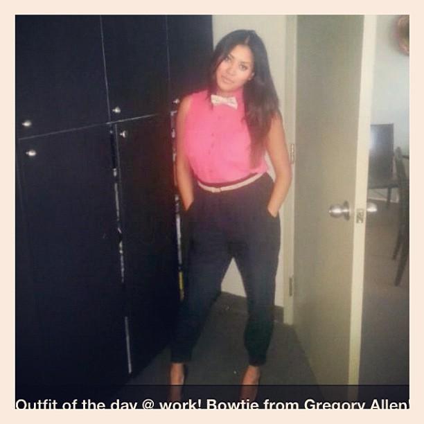 GAC: Style watch – Outfit of the day @ work! Bowtie from Gregory Allen #bowtie #gac #gregoryallencompany #stylewatch #womenwear – via Instagram