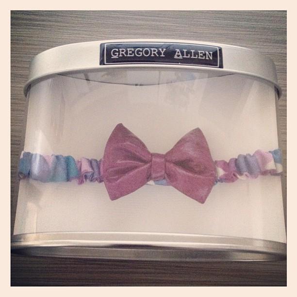 GAC : Girls head band bow tie -spring 2013 #bowties #gregoryallencompany #gac #bowties #spring2013 #parentingmag - via Instagram