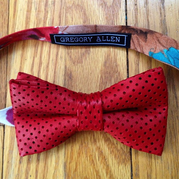 GAC: Bespoke women's red perforated leather bow tie #bowtie #gregoryallencompany #gac #women #bespoke #redleather - via Instagram