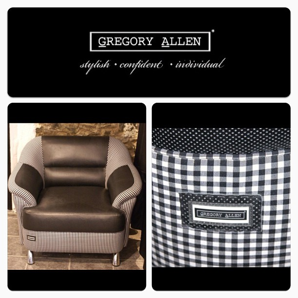 GAC : Bespoke GAC couch #gac #bespoke #gregoryallencompany #couch #beautiful - via Instagram