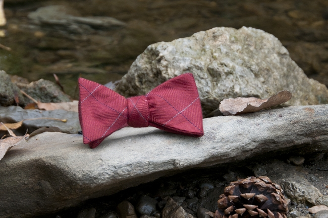 blog size - men's  burgundy red bow tie
