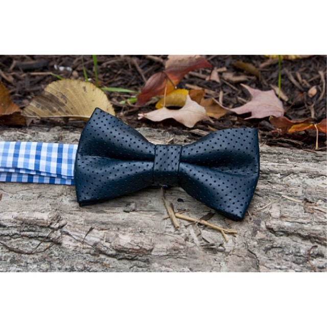 GAC : RT  Navy blue Perforated leather bow tie #ruggedterraincollection #bowtie – via Instagram