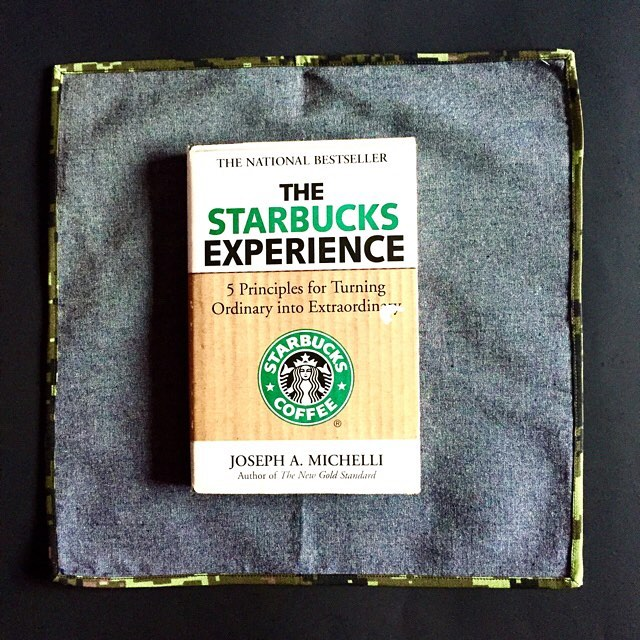 Favourite reads of the month:The Starbucks Experience By Joseph A. Michelli Pocket square : @gregoryallencompany#greatbook#thestarbuckexperience#josephamichelli#bowties #gacbowtie  #toronto #gift #mensaccessories #madeincanada #mensstyle #coolbowties  #collection #fashionbloggers  #necktie #suitandtie #mensfashionbloggers #fashionblog #gentlemen #gq #menswear #hipsters  #womenfashionbloggers #booklovers – via Instagram
