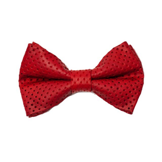 Classic perforated leather Red  bow tieAvailable @Gregoryallencompany.com/shop#bowties #gacbowtie  #toronto  #red #leather#fabric #black #concept #design #gift #mensaccessories #madeincanada #mensstyle #motivation #coolbowties  #collection #fashionbloggers  #necktie #suitandtie #mensfashionbloggers #fashionblog #gentlemen #gq #menswear #hipsters ##womenswear #womenaccessories #womenfashionbloggers - via Instagram