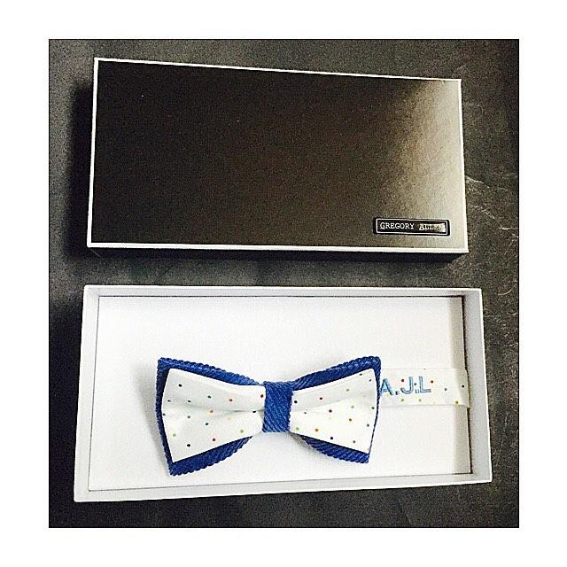 Bespoke: The Alferd bow tie Gregoryallencompany.com/bespoke  #bowtie #gacbowtie  #toronto #gift #mensstyle #madeincanada #mensaccessories #mensstyle #womenstyle #motivation #coolbowties  #collection #fashionbloggers  #necktie #suitandtie #mensfashionbloggers #fashionblog #gentlemen #gq #menswear #hipsters  #concept #ootd #gentlemen – via Instagram