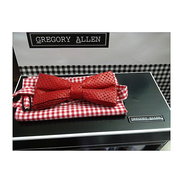 The gift for him:  Bespoke graduation Red perforated leather  bow tie and pocket squareGregoryallencompany.com#bowtie #red #leather #pocketsquare #graduation #bespoke #leather  #gacbowtie  #toronto #gift #mensstyle #madeincanada #mensaccessories #mensstyle #womenstyle #motivation #coolbowties  #collection #fashionbloggers  #necktie #suitandtie #mensfashionbloggers #fashionblog #gentlemen #gq #menswear #hipsters  #concept #ootd #gentlemen – via Instagram