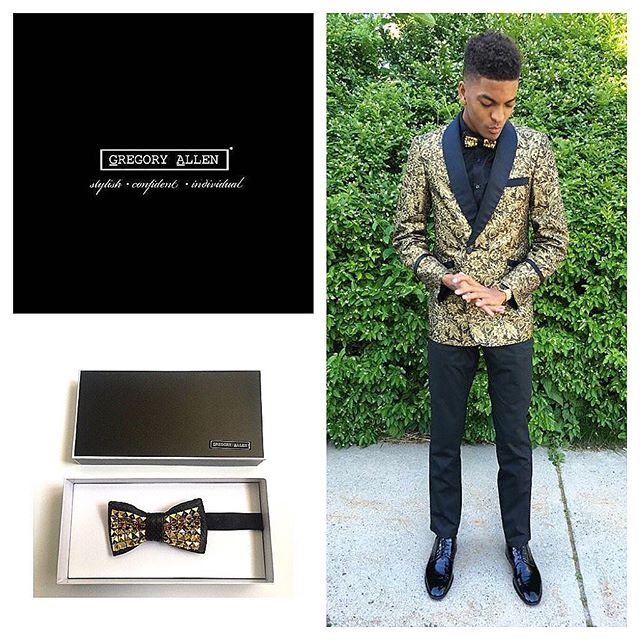 Bespoke: The Golden bow tieGregoryallencompany.com/bespoke  #bowtie #gacbowtie #gold #black #graduation #leather #toronto #gift #mensstyle #madeincanada #mensaccessories #mensstyle #womenstyle #motivation #coolbowties  #collection #fashionbloggers  #necktie #suitandtie #mensfashionbloggers #fashionblog #gentlemen #gq #menswear #hipsters  #concept #ootd #gentlemen – via Instagram