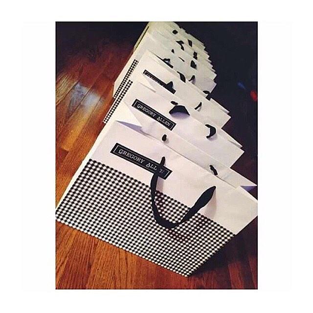 Wedding  season : #Bespoke Gregoryallencompany.com/bespoke #weddingseason #bowtie #gacbowtie #leather #flowers #toronto #gift #mensstyle #madeincanada #mensaccessories #mensstyle #womenstyle #motivation #coolbowties  #collection #fashionbloggers  #necktie #suitandtie #mensfashionbloggers #fashionblog #gentlemen #gq #menswear #hipsters  #concept #ootd #gentlemen – via Instagram